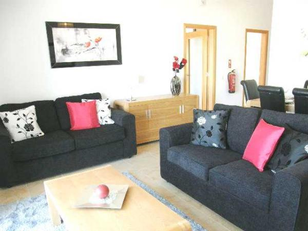 Ref: 66 Sleep 6 From £355.50 PW